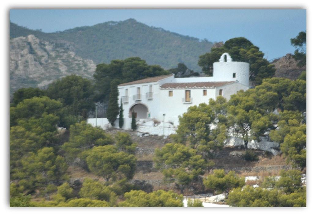 ermita de la magdalena  castell vell o castell de fadrell