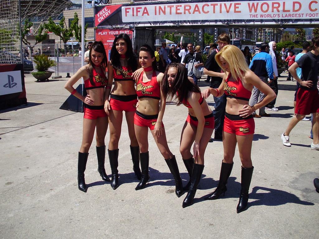girls in barcelona
