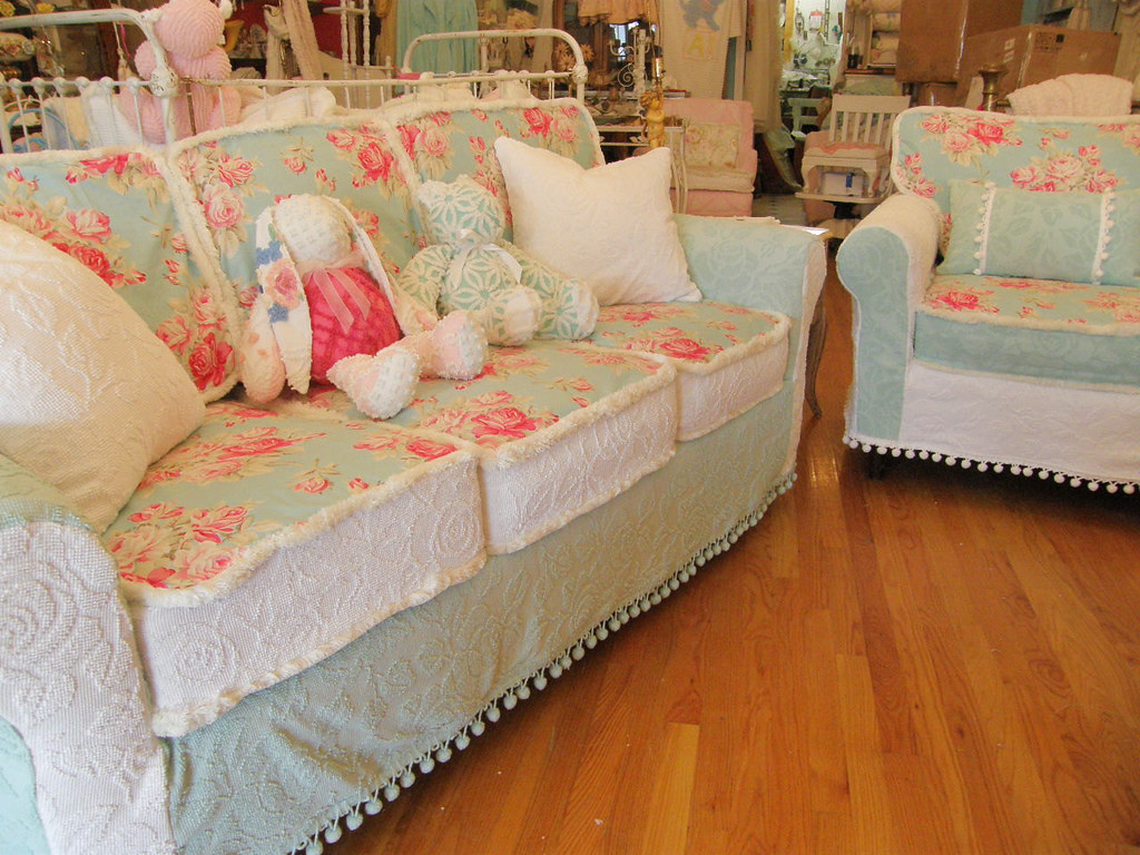 shabby chic sofa couch and chair vintage chenille bedsprea. Black Bedroom Furniture Sets. Home Design Ideas
