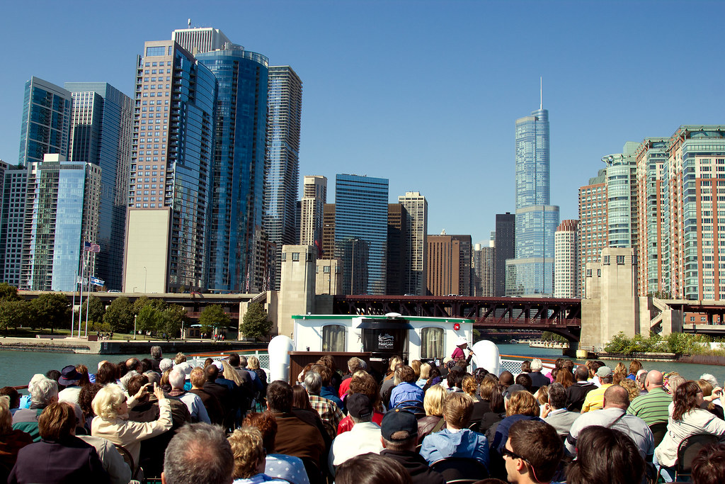 Chicago architectural boat tour thomas yung for R architecture tours