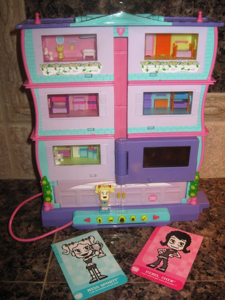 10 Pixel Chix Roomies House Playset W Extra Roomie Flickr