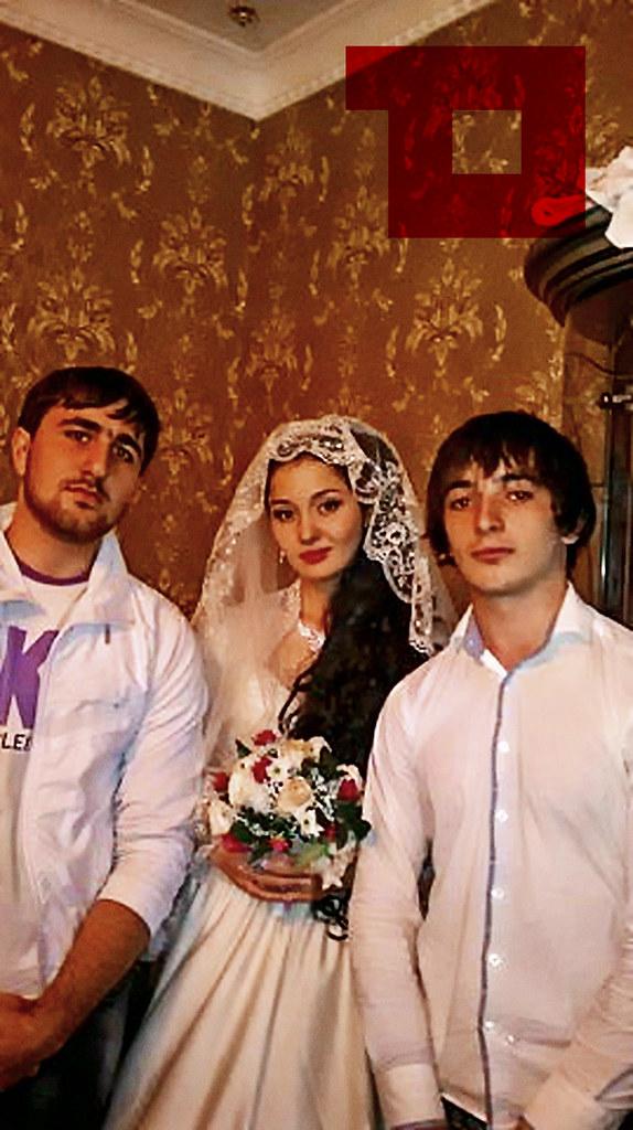 Heda hamzatova wedding bands