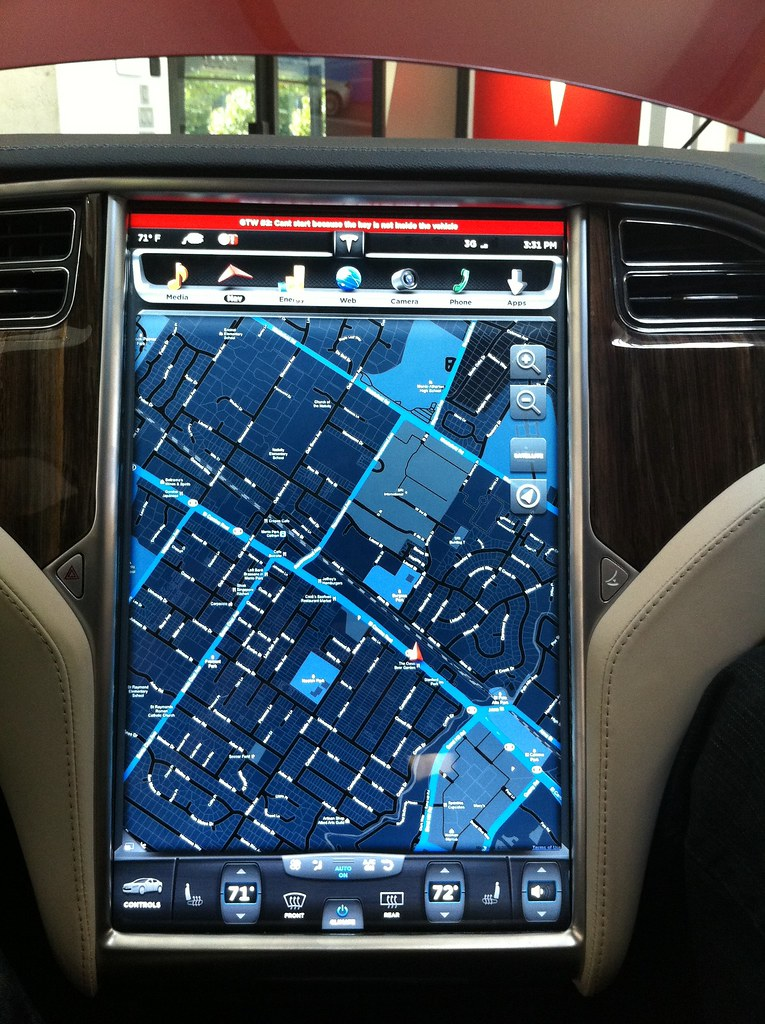 Tesla Model S Glass Dash Maps The Whole Dash Is All
