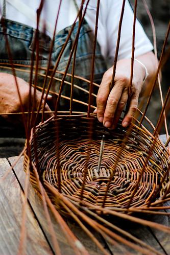 Simple Basket Weaving Willow : Basket weaving thomas pace flickr