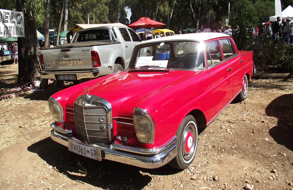Mercedes benz 1961 220s w111 for sale paul for Mercedes benz 220s for sale