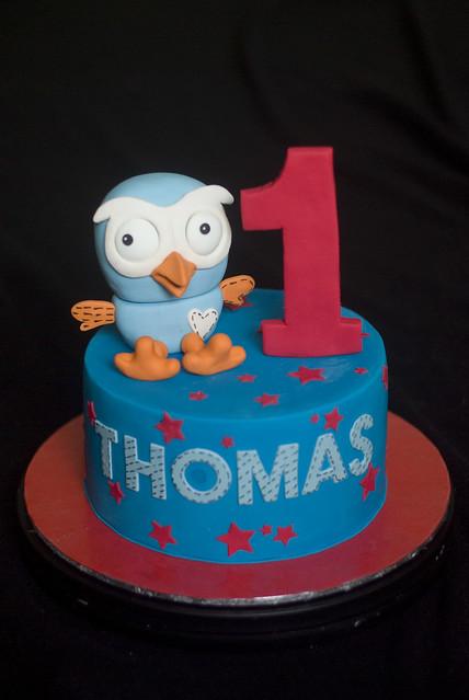 Giggle N Hoot Birthday Cake