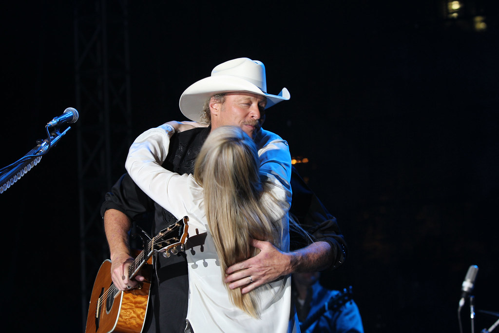 Alan Jackson Hugging One Of His Daughters Capitol Street