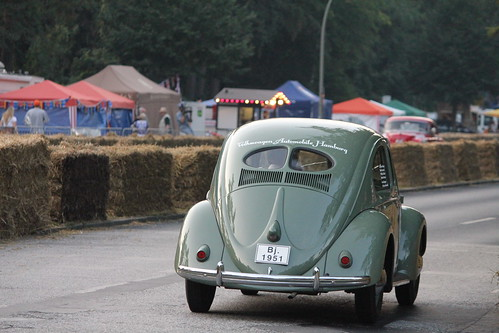 Volkswagen pretzel beetle 1951 split rear window 6827 for 1951 volkswagen split window