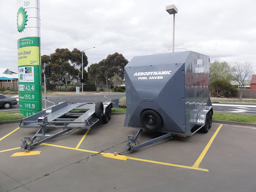 Move By Yourself: Repainted Trailers At BP Service