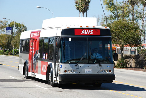 avis el dorado national axess shuttle bus used by avis ren flickr. Black Bedroom Furniture Sets. Home Design Ideas
