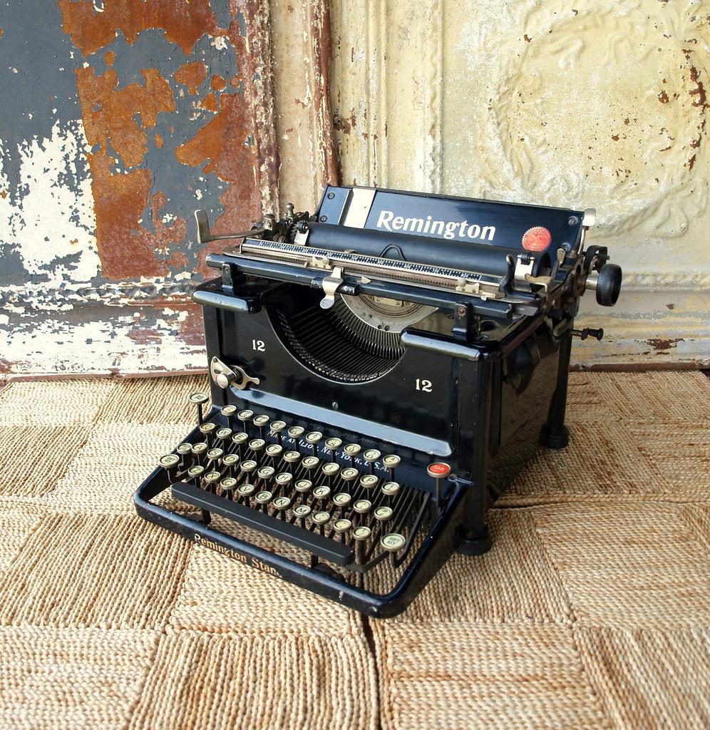 vintage typewriter service