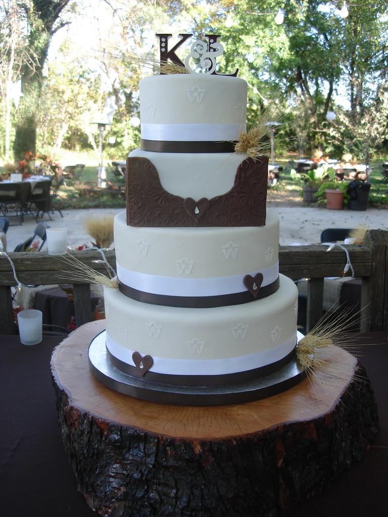 Western inspired wedding cake | Country/western wedding cake… | Flickr