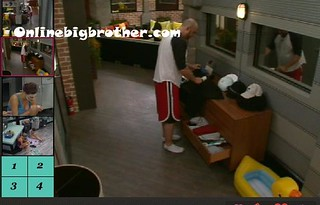 BB13-C1-9-12-2011-1_28_53.jpg | by onlinebigbrother.com
