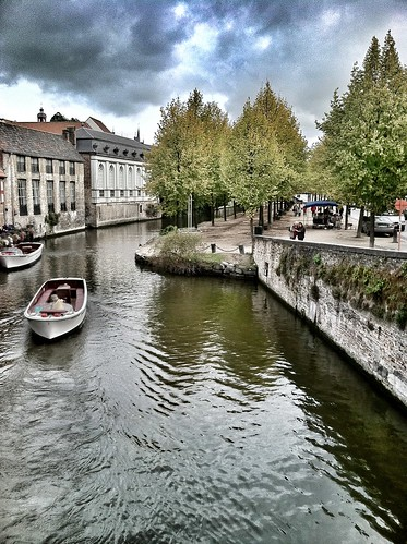 how to get to bruges from dublin