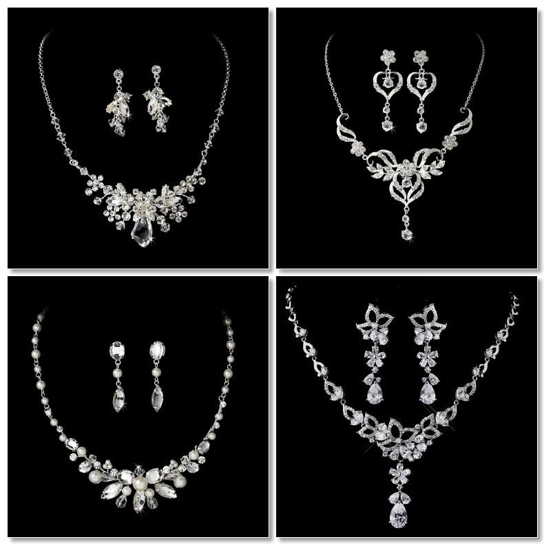 Wedding Jewelry For A Sweetheart Neckline Wedding Dress