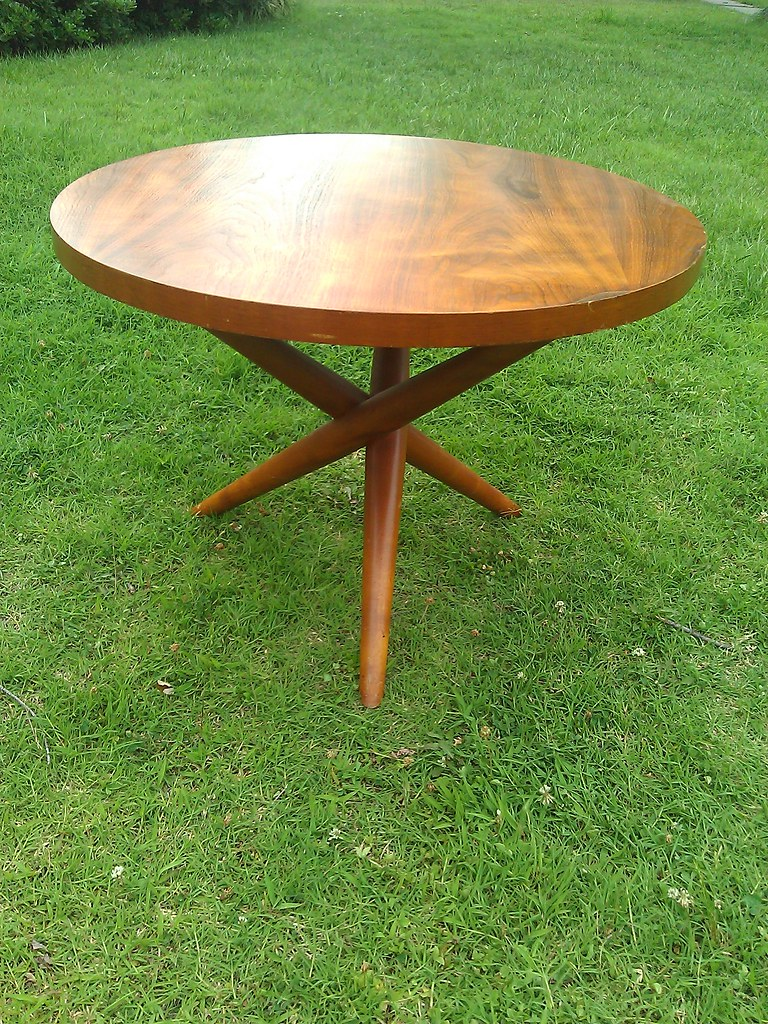 Widdicomb End Table Round Cross Legged End Table