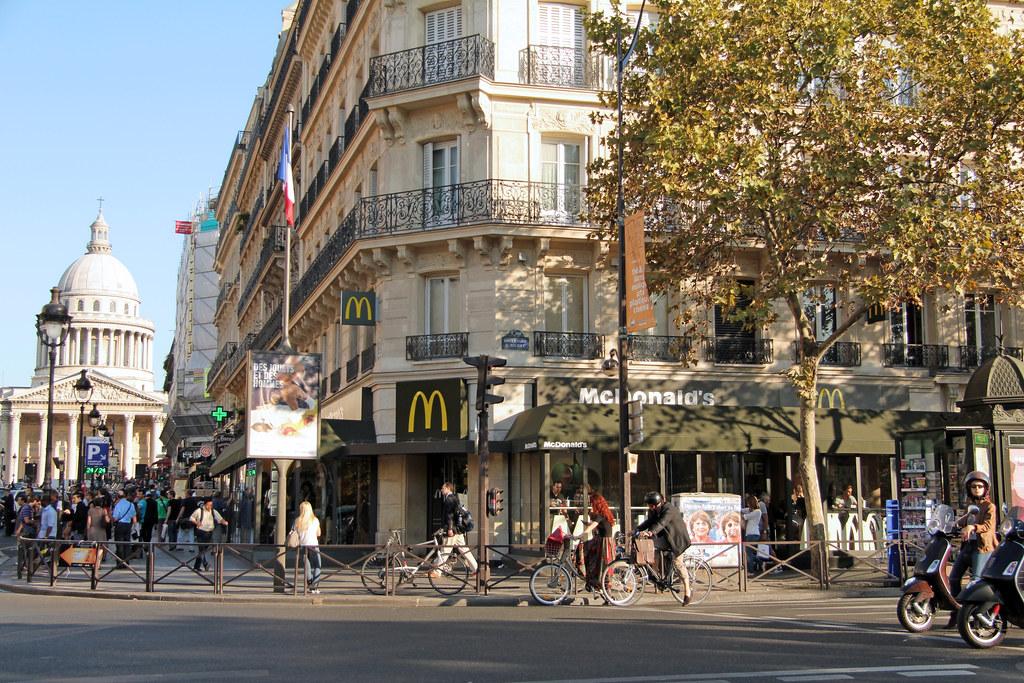 Mcdonald 39 s paris saint michel one of the classic paris mcd flickr - Saint michel paris metro ...