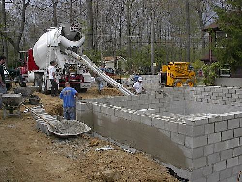 Concrete block foundation flickr photo sharing for Cinder block vs concrete foundation