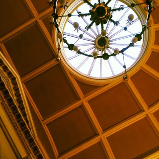 Amazing sky light here in the old govan town hall #smwdigitalmedia #smwgla | by adeery