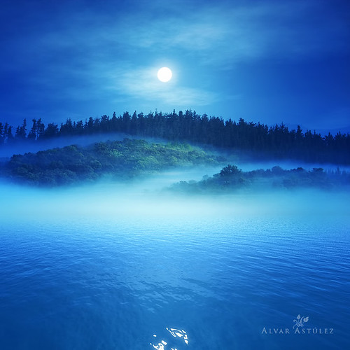 The moon of the lake (III) | by alvar astúlez
