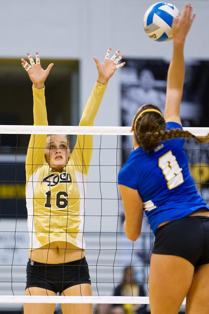 NCAA Women's Volleyball- LBSU vs UCSB-20 | Ballin' at the ...