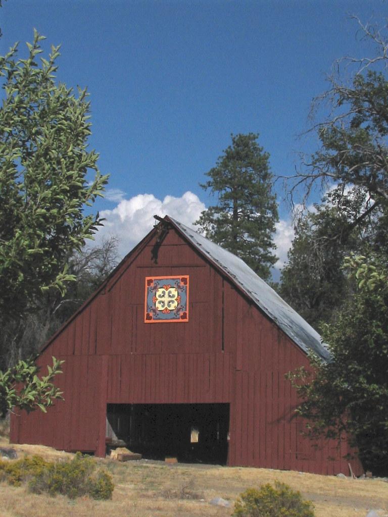 Hk Barn Quilt Kraemer The New Barn Quilt On The Heart K
