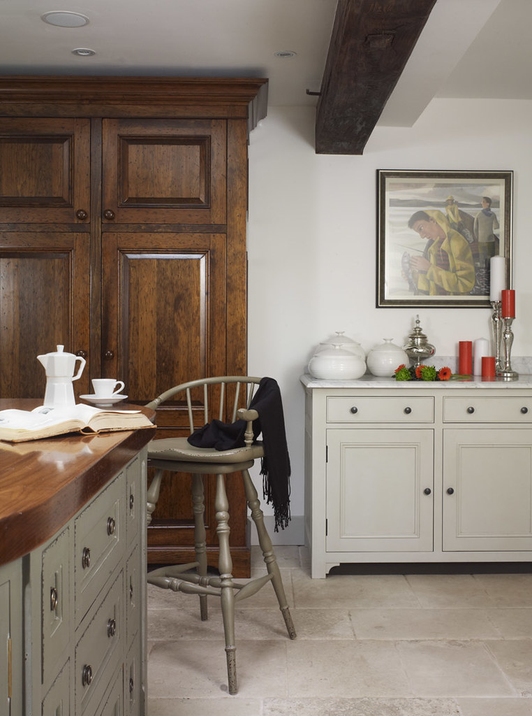 Country Kitchen Freestanding Pantry