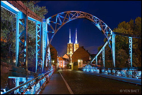 Wroclaw - Tumski Bridge and the Cathedral of St. John the Baptist | by Yen Baet
