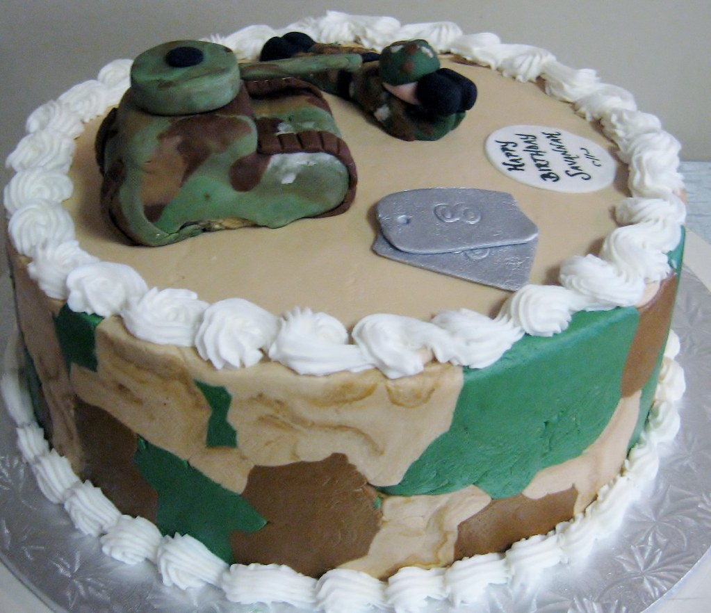 Camouflage Birthday Cake With Fondant Dog Tags Tank And S Flickr