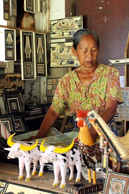 A Lady @ Kete-Kesu, Toraja