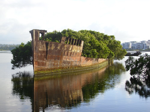 'Ayrfield' & 'Mortlake Bank' wrecks in Homebush Bay | by AndyBrii