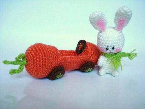 Amigurumi Carrot : Amigurumi Bunny and his Carrot Car Amigurumi Bunny and ...