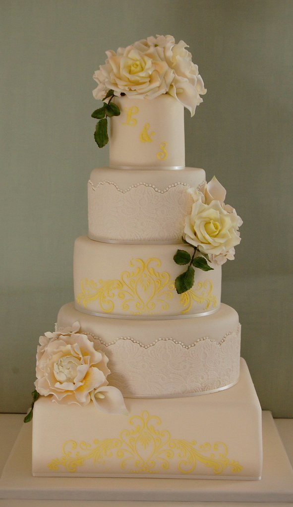golden wedding cakes ideas golden wedding anniversary cake this is the cake for my 14769