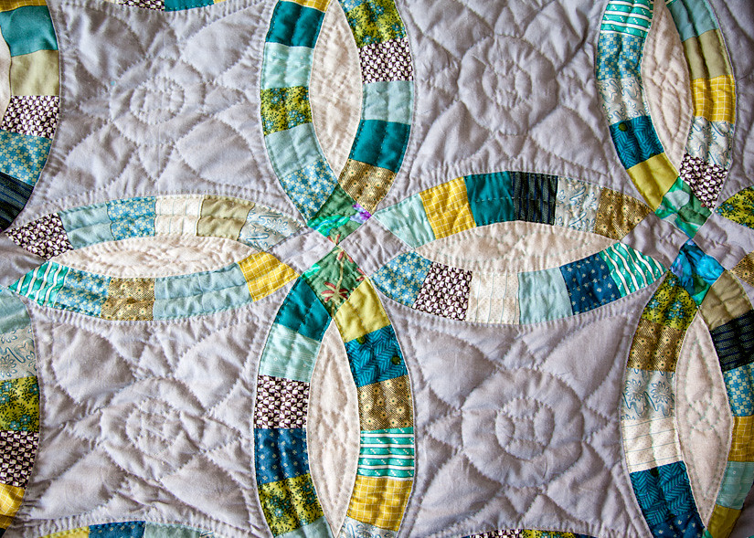 double wedding ring quilt dwr quilting detail blogged carrie flickr 3662