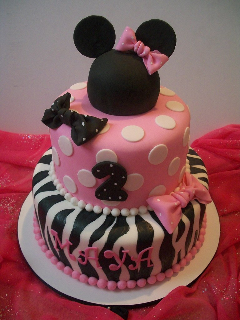minnie mouse cake pan minnie mouse i had alot of with this one my 5942