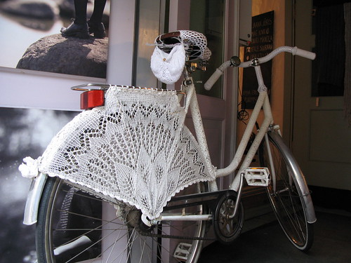 Knitted bicycle, Tallinn | by wingedthing