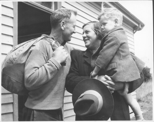 Wartime parting of a family, Drouin, Victoria | by National Library of Australia Commons
