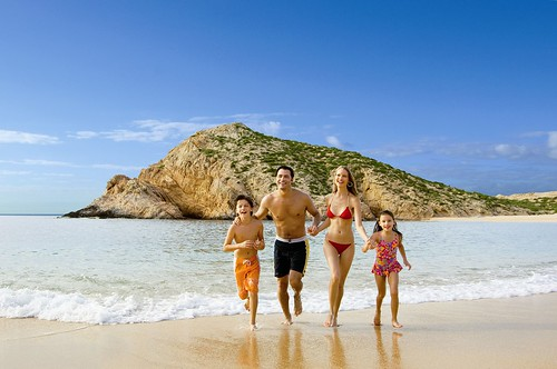 Family on the Beach | by Hilton Los Cabos