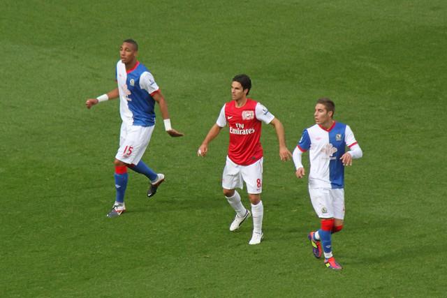 Image Result For Arsenal Sign Midfielder