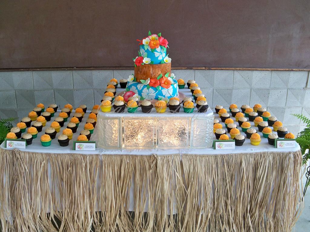 Hawaiian Themed Wedding Cake And Cupcake Display 092011 Flickr