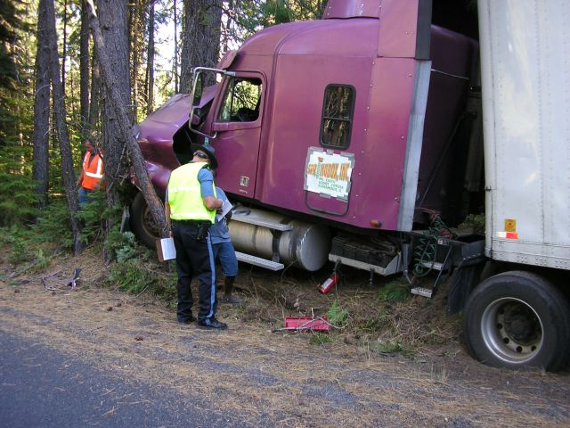 Long Haul Trucking >> Stupid Truck Driver of the Week Photo | This truck driver en… | Flickr