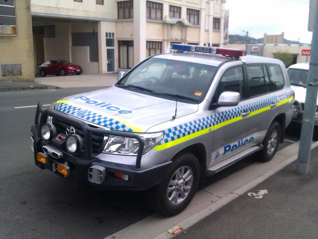Tasmania Police Toyota Landcruiser Note External Siren