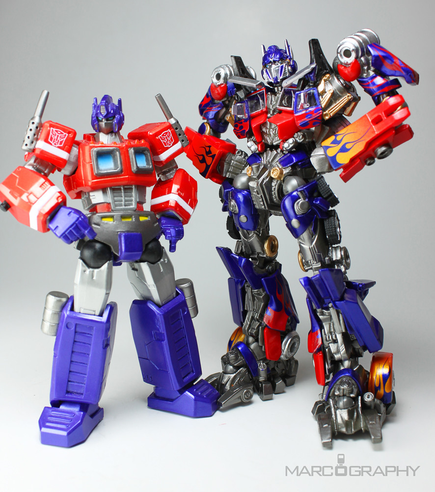 revoltech optimus prime, transformers dark of the moon | flickr