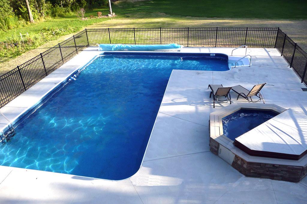 Inground Swimming Pool True L Right 2ft Radius Concrete De Flickr