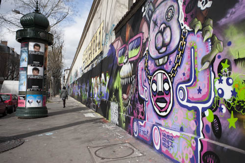 spray paint wall. france, street scene, painting wall with spray paint, graffittips-55749 paint r