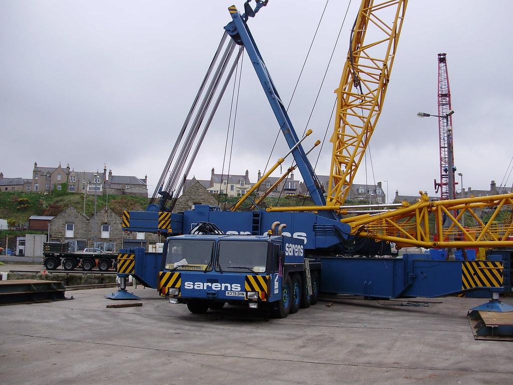 Mobile Crane Terminology : Demag tc sarens mobile crane at