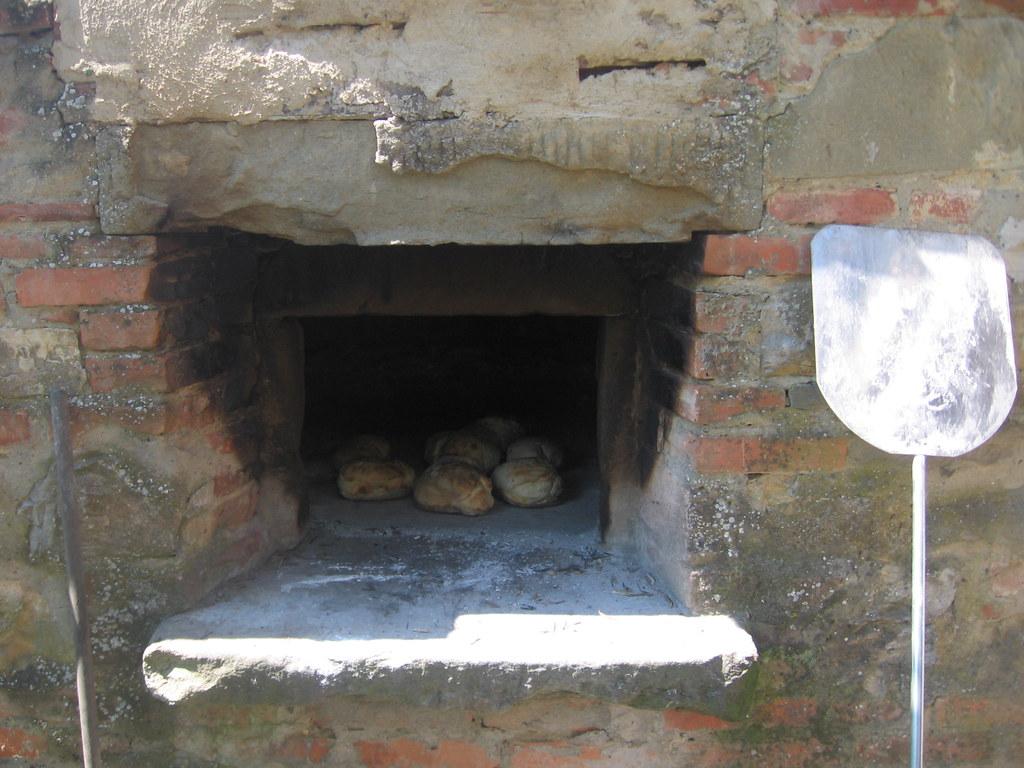 Forno A Legna Immagini lafonte l'antico forno a legna | l a f o n t e | flickr