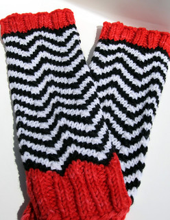 Black Lodge Mitts | by MaiyaMayhem