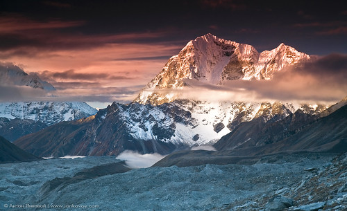 Fire and Ice (Taboche 6367 m) | by Anton Jankovoy (www.jankovoy.com)