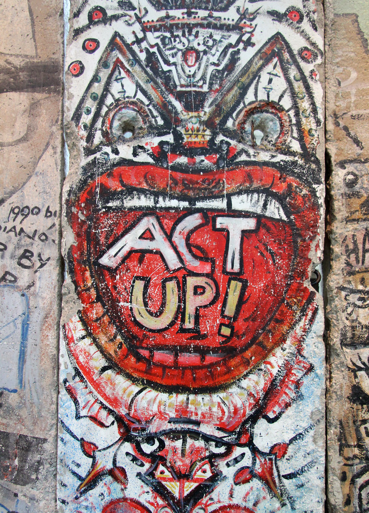 ... Up! | Encouragement from a section of the Berlin wall at… | Flickr